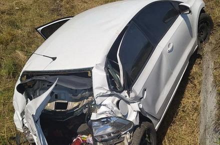 1477a3cbbe1942aada149e876d7bf169 preview w440 h290 - На об'їзній поблизу Житомира Volkswagen злетів з дороги: водій та пасажири отримали травми