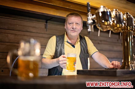 1f14d1bcffc026380ddfb07281c693ac preview w440 h290 - Народився на пивоварні в Чехії і вивчився на «сладека». Інтерв'ю з Даніелем, який варить пиво в житомирській броварні «Шульц»