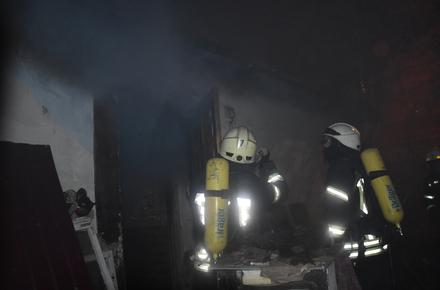 bba69e8a2b836128c65541043d615679 preview w440 h290 - У Житомирській області рятувальники винесли із задимленого будинку паралізованого господаря, чоловік з отруєнням у реанімації