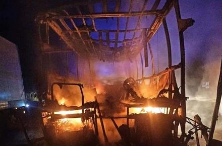 1aac526145240d0b6ff7f474c0fd6a27 preview w440 h290 - На трасі в Житомирській області автобус зіштовхнувся з DAF і загорівся: 9 осіб постраждали та одна людина загинула (доповнено)
