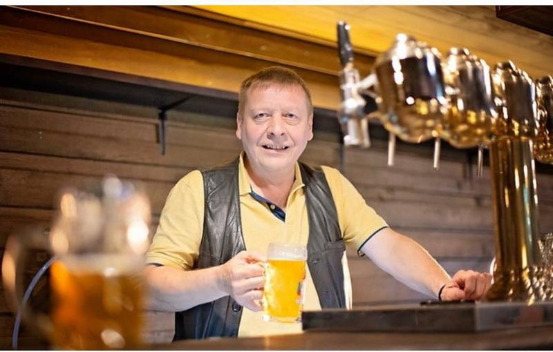 6155672a9aa69 original w859 h569 - Самобутні пивні традиції Чехії та 9 сортів відмінного пінного в житомирській броварні Шульц v.2.0