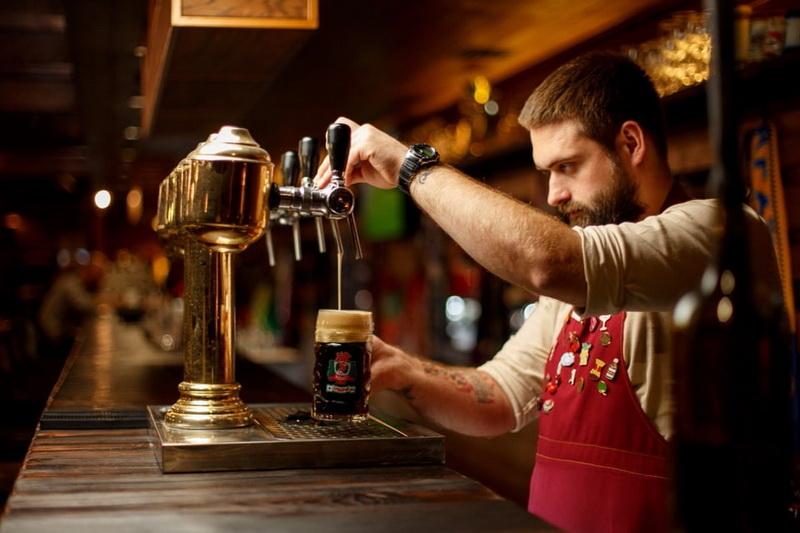6155674316744 original w859 h569 - Самобутні пивні традиції Чехії та 9 сортів відмінного пінного в житомирській броварні Шульц v.2.0
