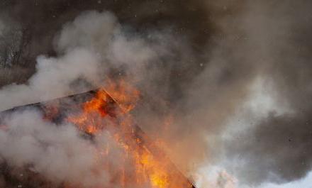 53180ff919f320ab0dc28d5245283af0 preview w440 h290 - На світанку рятувальники гасили пожежу в селі Житомирської області, на місці виявили тіло чоловіка
